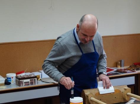 Lukácsy Tibor könyvműves mester