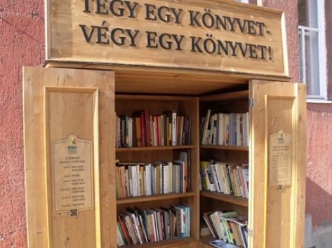 Tégy egy könyvet - Végy egy könyvet! szekrényünkről