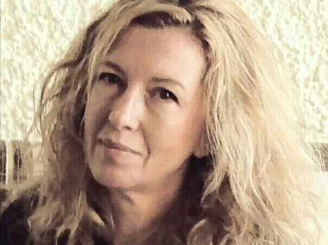 Mazalin Natália festőművész